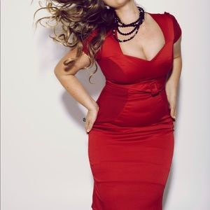 Dresses - Pin-up style sweetheart neckline fitted midi dress
